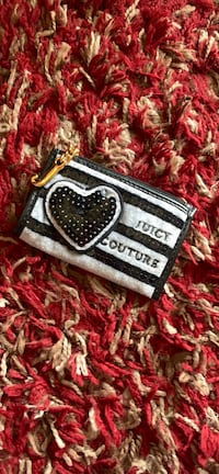 Juicy couture coin purse Stafford, 22556