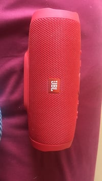 Jbl charge 3 portable speaker Brampton, L6X 4Z5