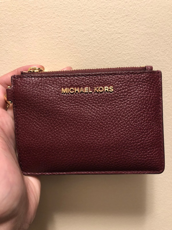 913c7f02a8ea Used Michael Kors Wallet for sale in New Westminster - letgo