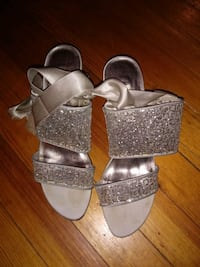 Grey/Sequin Evening Shoe w/Satin Ankle Strap Washington, 20011