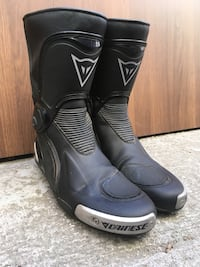 Motorcycle boots Dainese Torque D1