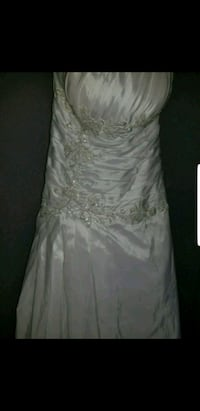 Mermaid corset back wedding dress  Winnipeg, R2N 2K6