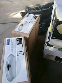 white and black electric sewing machine Fresno, 93702