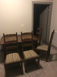 Dining table + 4 chairs - Asking $100 OBO Overland Park, 66213