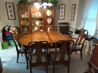 Dinning Room Table and Chairs. Carrollton