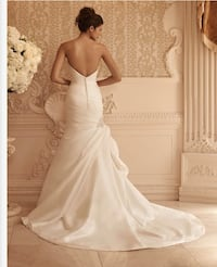 Wedding dress elegant satin sweetheart neckline and trumpet style Alexandria