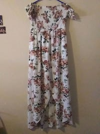 white and brown floral sleeveless dress Las Vegas, 89102