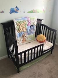 Baby caché crib and dresser  Vaughan, L4L 9J5