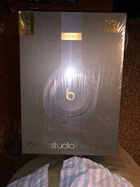 New Sealed Authentic Beats by DR. Dre Studio Wireless 3.0  Eden Prairie, 55344