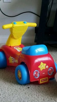 toddler's red and blue ride on toy Ashburn, 20147