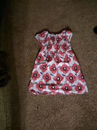 Girls dress 5t Greensboro, 27405