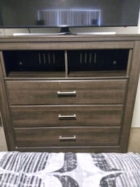 Bed & Media Chest