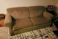 Green Couch Westland, 48185