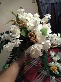 I can make your wedding decorations lowest price
