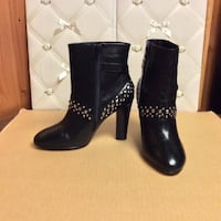 Ros hommerson leather  ankle boots (size 9) Philadelphia, 19111
