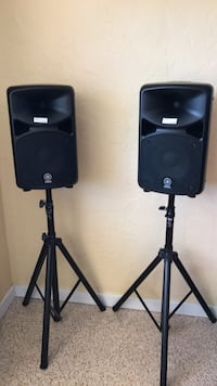 Pair of Yamaha monitor speakers with stands  North Fort Myers, 33903