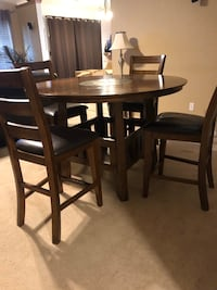 Kitchen Table and Chairs with Lazy Susan