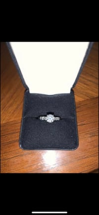 Diamond ring Annandale, 22003