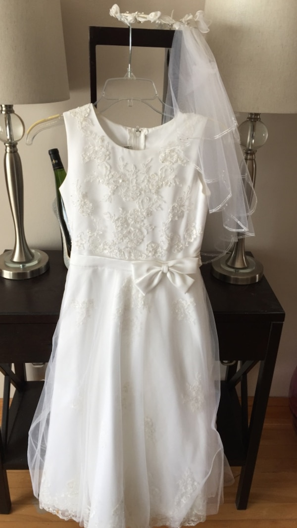 a7c3b54815e1f Used First communion dress size 10 from Nordstrom for sale in Chicago