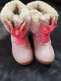 Toddler size 5 fur boots snow boots warm  York