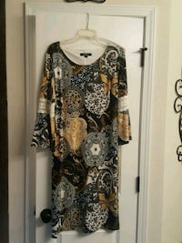 Beautiful ladies dress size 14 Marrero, 70072
