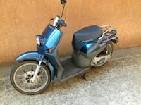 scooter blu e nero
