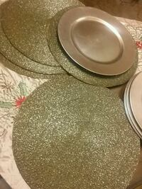 15 in diameter gold beaded round placemat