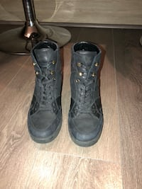 Authentic Louis Vuitton sneaker wedges  Burnaby, V5C
