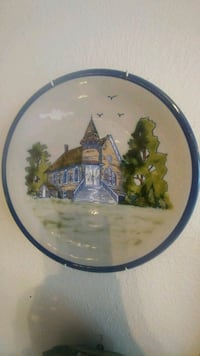 Collectible Ceramic round Church plate Sebring, 33870