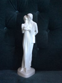 "Royal doulton figurine ""happy anniversary"" Ottawa, K2A 2J3"