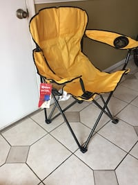 NEW outdoor oversized chair+cup holder+storage net on the back.