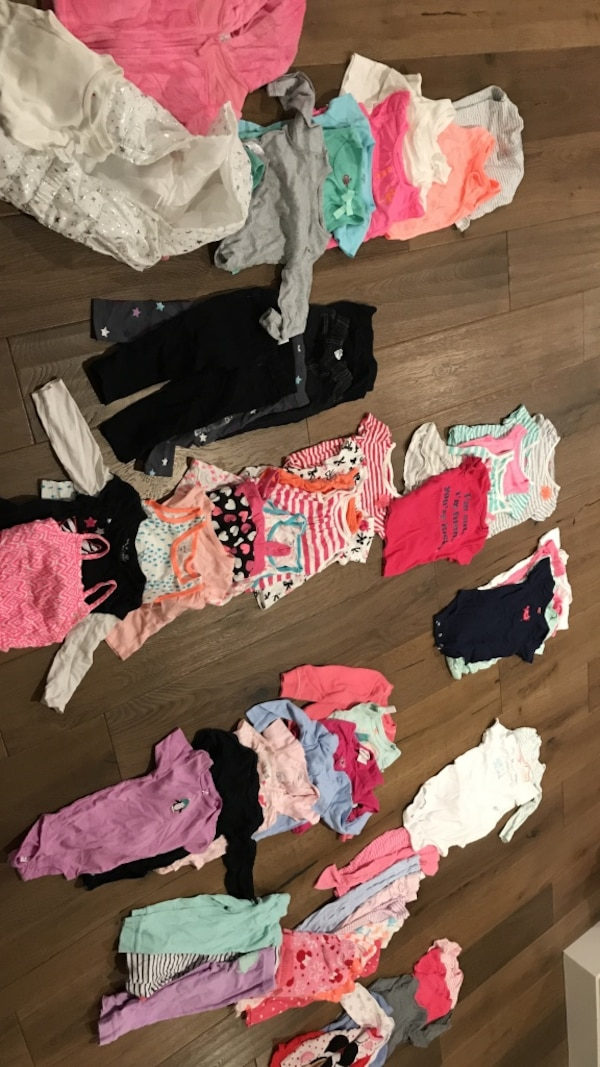 24M / 2T Toddler's assorted clothes