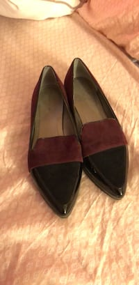 Tahari pointed flats Bowie, 20715