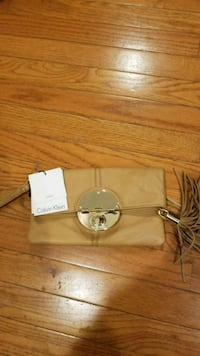 Calvin Klein leather clutch  Jackson, 08527