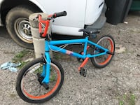 CUSTOM PAINTED BMX BIKE WITH 4 PEGS FOR VERY CHEAP Pickering, L1W 3W4