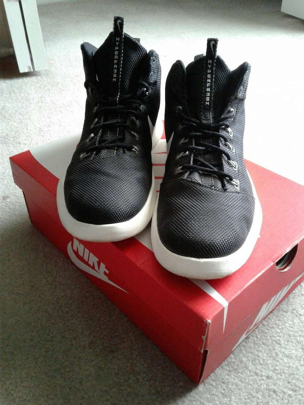 online retailer dd6af 9b3d1 Used pair of black-and-white Nike Hyperdunk basketball shoes on box for  sale in Oviedo