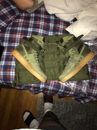 green and black camouflage jacket New York, 10457