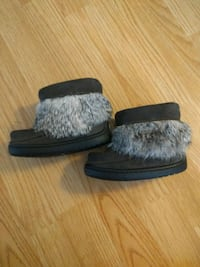 pair of gray suede mukluk boots Calgary, T2A 0P1