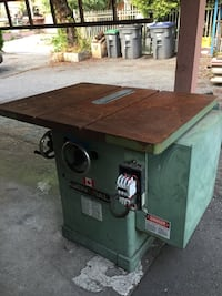 Industrial table saw 5hp 3 phase motor quick sale Surrey, V3V