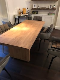 La redoupe Malu solid pine table. Sits 6-8 comfortably. 6 months old in great condition   London, W1G 6LZ