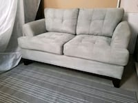 2 Seater Couch Ajax, L1Z 1J4