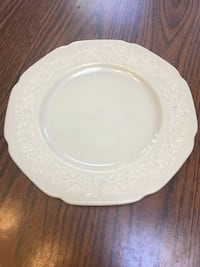 "Vintage Milk Glass Plate 9"" Freehold, 07728"