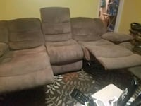 livingroom furniture with electronics raise up legs in good condition  Bellflower, 90706