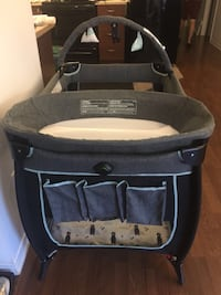 Safety 1st Portable Baby Play Yard  Oakville, L6H 0J2