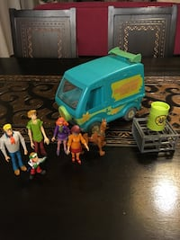 The mystery machine Scooby-Doo van with characters Phoenix, 85339