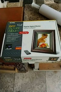 "Royal 10.4"" digital photo album NEW 2273 mi"