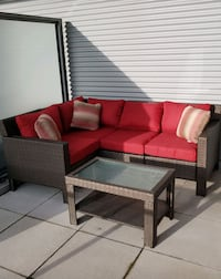 Outdoor Sectional + table
