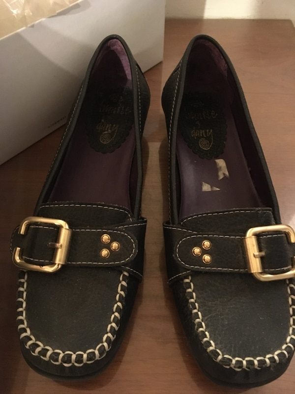 6c6b9cad4625 Used Frankie and Dany Women s Shoes for sale in Montréal - letgo