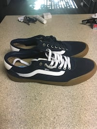 Size 12 VANS $25 in GOOD CLEAN CONDITION!! NEVER BEEN WORN!! Like new!!! Serious inquiries only!! Las Vegas, 89121