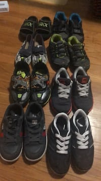 Size 10-11.5 boys shoes Fairfield, 94533